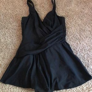 Miraclesuit Swimsuit One Piece w/skirt SZ 12 NWOT